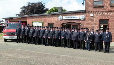 Die Kameraden und Ehrenmitglieder unsere Wehr bei der 125 Jahr Feier