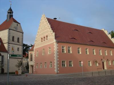 Evangelische Kirche und Rathaus