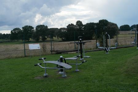 Fitnessgeräte am Generationenpark
