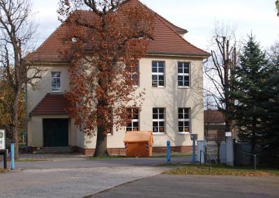 Schulgebäude Sallgast