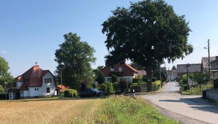 Bollberg mit Dorfgemeinschaftshaus, Foto: Mario Ernst SV Stadtroda