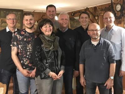 Der Vorstand des Bürgervereins der Gemeinde Taura; v.l.n.r.: Rico Weißer (Beisitzer), Alexander Schäfer (Beisitzer), Carmen Werner (Beisitzerin), Thomas Wippenbeck (Beisitzer), Jens Werner (Vorsitzender), Tommy Seifert (stellvertretender Vorsitzender