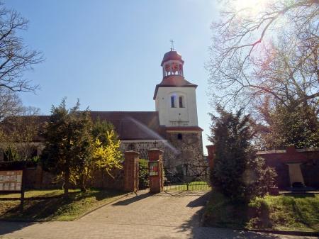 Kirche Petershagen Foto: Info Punnkt Lebus