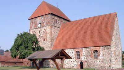 mittelalterliche Feldsteinkirche