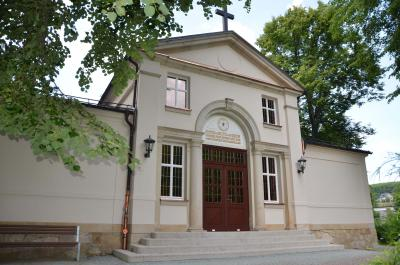 Die Kirche in Burkhardtsdorf.