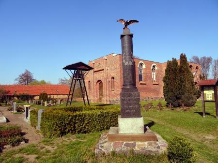 Deutsche Kriegsgräberstätte Schönfließ Foto:Info Punkt Lebus