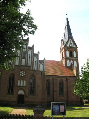 Kirche in Leussow (Author: Niteshift (talk))