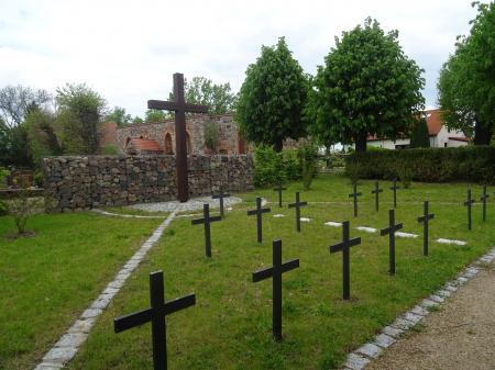 Deutsche Kriegsgräberstätte in Lebus, OT Mallnow Foto: Info Punkt Lebus