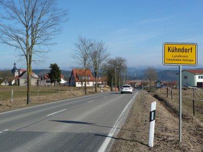 Ortseingang, von Meiningen kommend