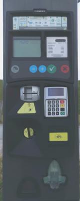 Achtung! Der Automat wechselt keine Bargeldeinzahlungen. Für weitere Hilfen bitte den Anweisungen auf dem Display folgen.