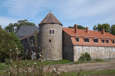 der Westflügel des  Schlosses Harzgerode wird saniert