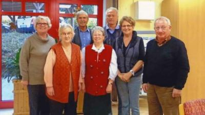 Der Plauer Seniorenbeirat: v.v.l. Nanni Erbe, Annemarie Wollert, Brigitte Wolf, Diethard Hendriok (Stellvertretender Vorsitzender); h.v.l. Sabine Bredfeld, Rainer Nissler (Vorsitzender), Wolfram Nehls.