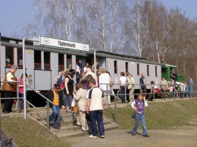 Crinitz kann man über die NL-Museumseisenbahn erreichen.