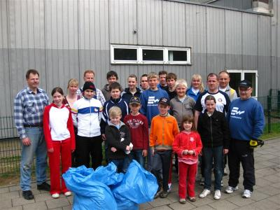 Foto zur Meldung: Blaue Säcke prägten die Laufstrecke
