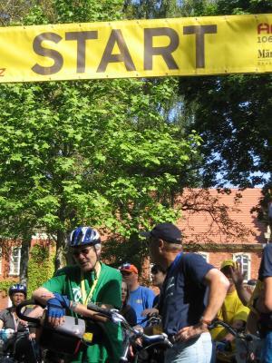 Foto zu Meldung: Tour de Prignitz - Abfahrt aus Meyenburg