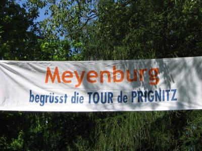 Foto zu Meldung: Tour de Prignitz - Ankunft in Meyenburg