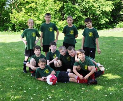Foto zur Meldung: Erfolgreiche Fußballer aus der Otto-Seeger-Grundschule