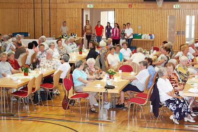 Foto zu Meldung: Calauer Senioren feierten in der Stadthalle