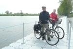 Foto zu Meldung: Pontonbrücke schließt Lücke im Elberadweg wieder