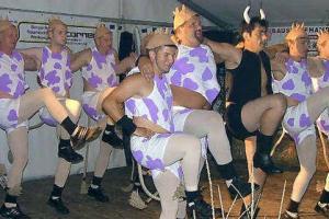 Vorschaubild zur Meldung: Hennersdorfer lassen es beim Dorffest richtig krachen