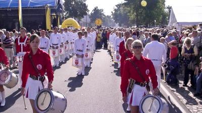 Foto zur Meldung: Auftritt anlässlich des 7. Landeserntefestes in Jänickendorf