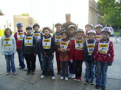 Foto zur Meldung: Radfahrprüfung der 4. Klassen