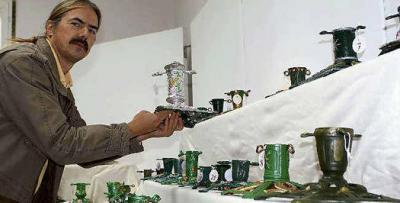 Vorschaubild zur Meldung: Weihnachtsbaumständer-Exponate im Schloss Doberlug-Kirchhain