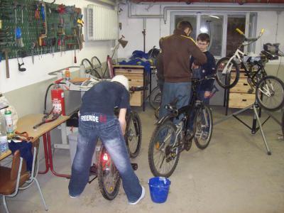 Bild der Meldung: Radstation in der Peter-Joseph-Lennè Schule in Hoppegarten neu besetzt
