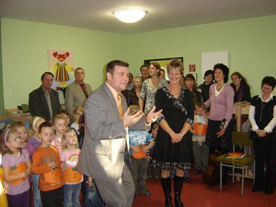 Foto zur Meldung: Kindertagesstätte Burgspatzen in Loburg – Einweihung des neuen Krippentraktes und Tag der offenen Tür