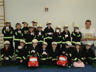 Vorschaubild zur Meldung: FEUERWEHR: 95 Kitakinder lernen Brandschutz