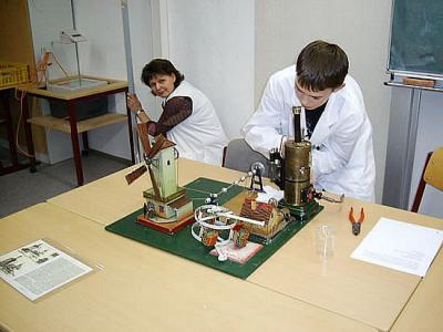 Foto zur Meldung: Tag der Naturwissenschaften 2010 in Ruhland