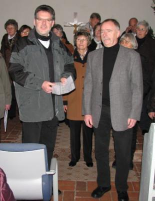 Foto zur Meldung: Ortschaft Langenbogen unterstützt Anschaffung eines Sanitär-Containers