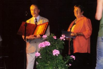 Foto zu Meldung: Verleihung der Ehrenbürgerschaft der Gemeinde Steinhöfel  an Frau Renate Kliems anlässlich der 15. Brandenburgischen Seniorenwoche am 09.06.2008 in Trebus