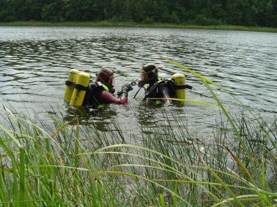 Foto zur Meldung: Toter aus Bernsteinsee bei Ruhlsdorf geborgen