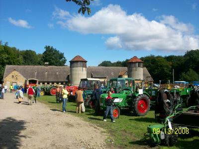 Vorschaubild zur Meldung: Oldtimertreffen in Demnitz am 13.09.2008