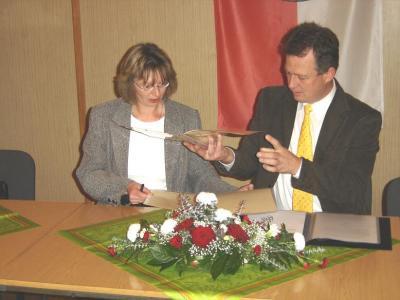 Foto zur Meldung: Gebietsänderungsvereinbarung unterzeichnet