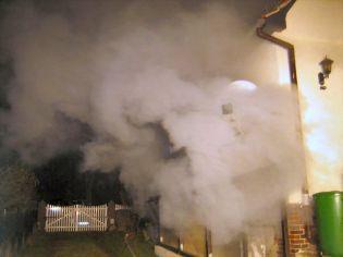 Foto zur Meldung: FFW Falkensee im Einsatz: Kellerbrand sorgte für erheblichen Sachschaden