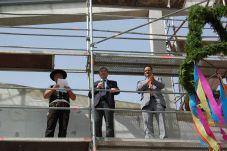 Foto zur Meldung: Richtfest der neuen Zweifeldturnhalle der Lessing-Grundschule