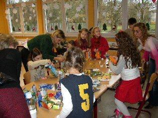 Foto zu Meldung: Es weihnachtet sehr - Kästnergrundschule und Förderverein laden am 2. Dezember zum traditionellen Adventsfest ein