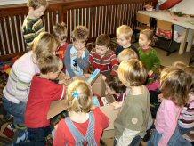 Foto zu Meldung: Geschenke von Kindern für Kinder