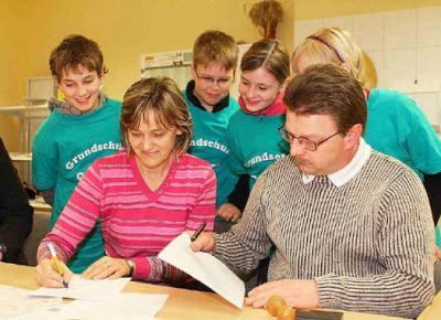 Foto zur Meldung: Schule und Sportverein kooperieren in Guteborn