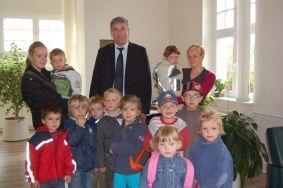 Foto zur Meldung: Kindergartenkinder auf Entdeckungstour