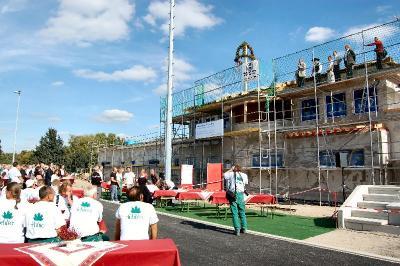 Foto zu Meldung: Sportpark Rosenstraße: Feierliches Richtfest und ein spannendes Fußballspiel der Minis