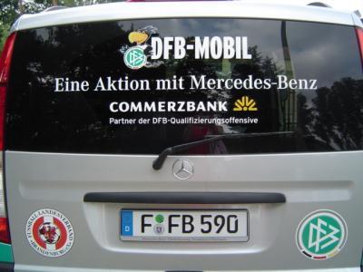 Foto zur Meldung: DFB Mobil macht Station