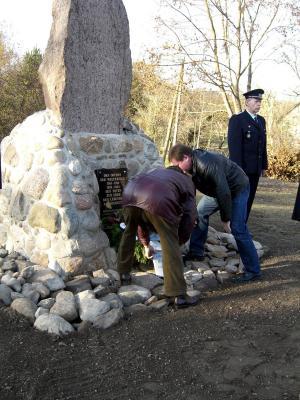"""Vorschaubild zur Meldung: Vor 10 Jahren: """"Kriegerdenkmal wurde wieder aufgestellt"""""""