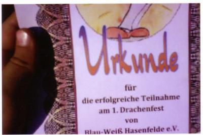 Foto zur Meldung: Drachenfest auf dem Sportplatz von Blau-Weiß Hasenfelde e.V.