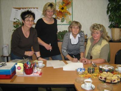 Foto zur Meldung: Kooperationsvertrag zwischen Kita und Schule