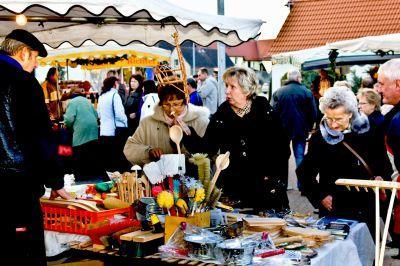 Foto zu Meldung: Weihnachtsmarkt in Großthiemig
