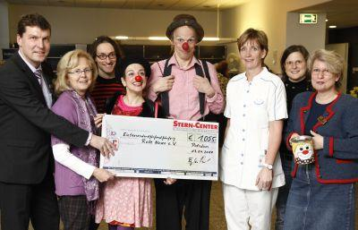 """Foto zu Meldung: Spendenaktion für """"Rote Nasen Clowns"""""""