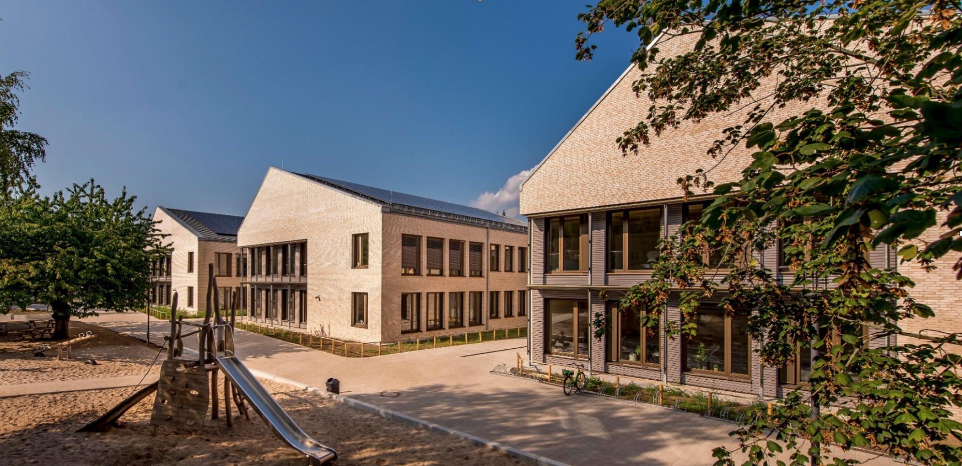 Schulhof GS Bornim